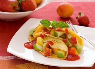 Ricetta Crepes dolci con macedonia