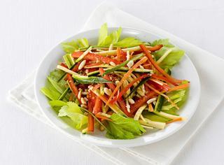 Ricette verdure julienne le ricette di giallozafferano for Verdure alla julienne