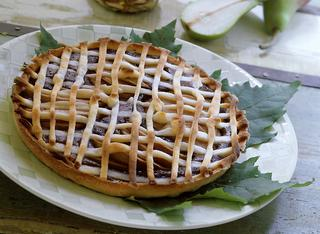 "Crostata ""light"" con mele e pere"
