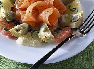 Ricetta Insalata di carciofi e salmone