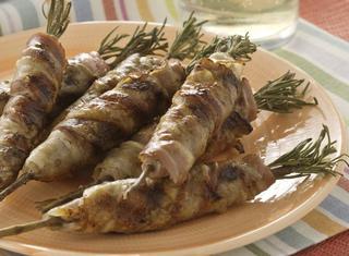 Ricetta Spiedini di rosmarino con carne e pancetta