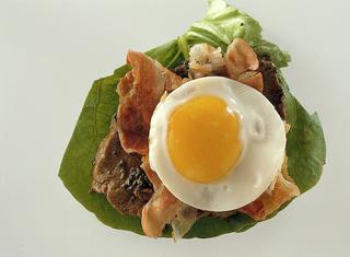 Fettina di vitello con pancetta e uova