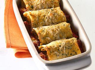 Cannelloni con mozzarella e pomodoro