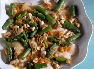 Ricetta Filetti di nasello con gli asparagi