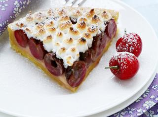 Ricetta Crostata di ciliegie con crema frangipane