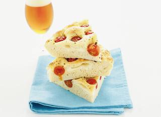 Ricetta Pizza di patate, mozzarella e pomodorini