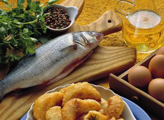 Ravioli di pesce fritti