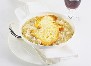 Zuppa di cipolle al gratin