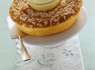 Ricetta Ciambella soffice con crema inglese
