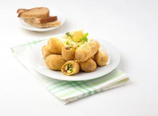 Crocchette di patate e zucchine al mais