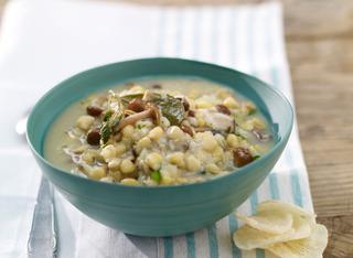 Zuppa di cicerchie con sfogliette di polenta