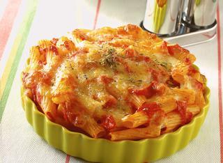 """Ricetta Pasta gusto """"pizza"""" con origano e mozzarella"""