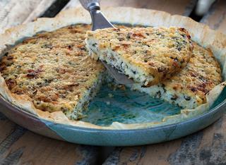 Torta di riso con spinaci ed erbette