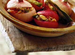 Ricetta Cipolle al forno con tonno e pomodoro