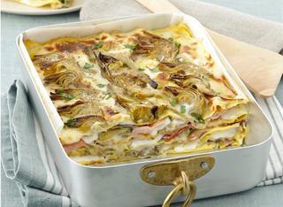 Ricetta Lasagne con besciamella, carciofi e prosciutto