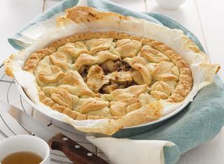 Ricetta Crostata farcita con mele e castagne
