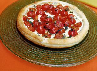 Torta di formaggio e pomodori
