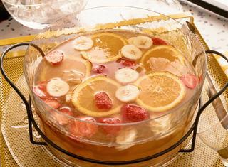 Bowl di tè alla frutta