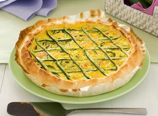 Ricetta Torta salata alle zucchine e salmone