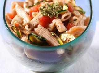 Ricetta Pasta con sugo di pesce spada