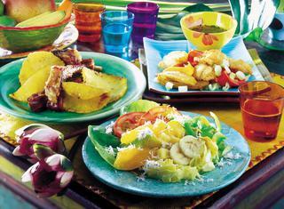 Insalata cubana con la frutta