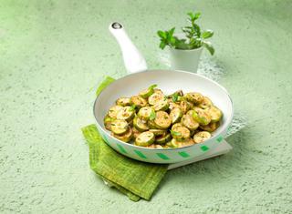Ricetta Zucchine trifolate alle erbe