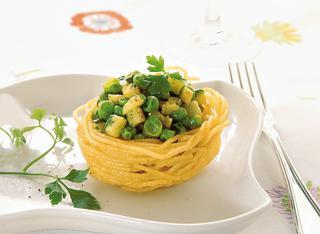 Spaghetti fritti con verdure