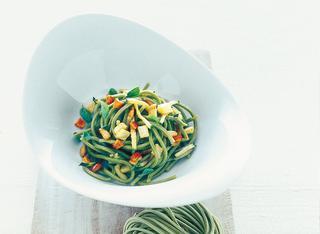 Ricetta Taglierini verdi alle verdurine fritte