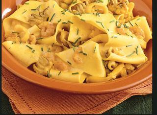 Lasagne con seppioline e gamberetti