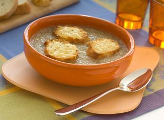 Ricetta Crema di cipolle con i crostini