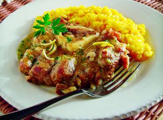 Ricette video ossibuchi alla milanese le ricette di for Cucinare ossobuco
