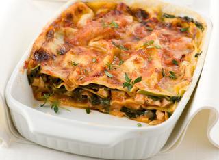 Lasagne con carne e spinaci