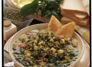 Zuppa con fagioli di soia