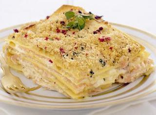 Ricetta Lasagne con carpaccio di salmone e robiola