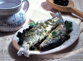 Spigola alle olive nere