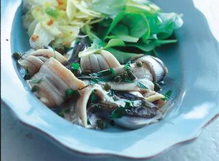 Ricetta Acciughe marinate con insalata di finocchi