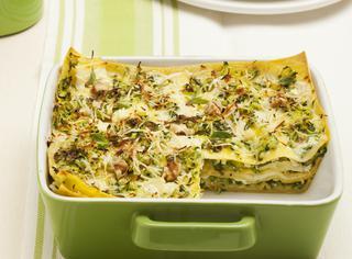 Ricetta Lasagne con noci, primosale e zucchine