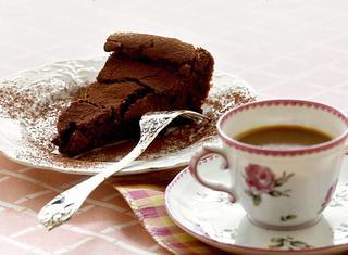 Ricetta Torta morbida di cioccolato fondente