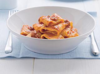 Ricetta Mezzi paccheri con sugo di carne alla napoletana
