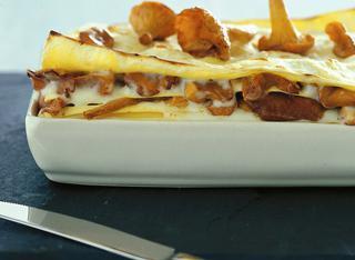 Lasagne ai finferli e besciamella