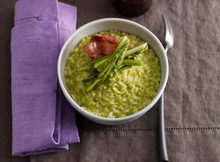 Ricetta Risotto con crema di asparagi e speck