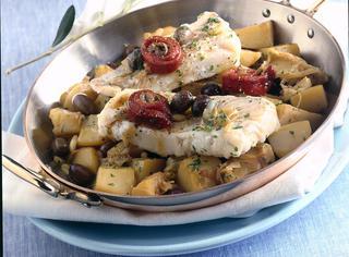 Ricetta Merluzzo con patate e olive nere