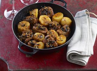 Spezzatino di vitello con patate e funghi