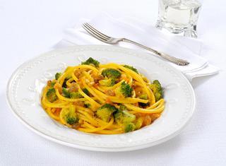 Ricetta Pasta in giallo con i broccoli