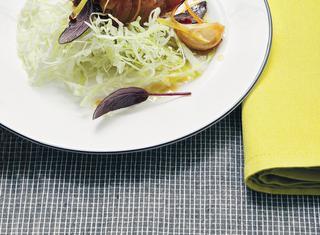 Ricetta Coniglio al miele con limone e pepe rosa