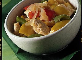 Umido di pollo ai peperoni