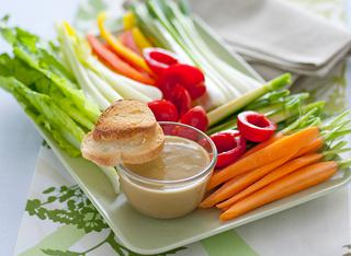 Bagna freida con verdure croccanti