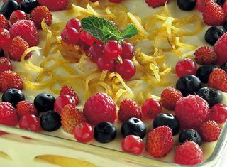 Ricetta Tiramisù delicato al limone con frutti di bosco