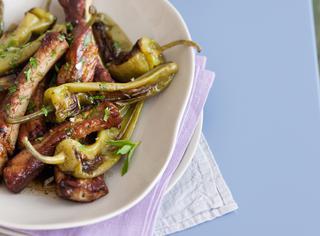 Costine di maiale con peperoni