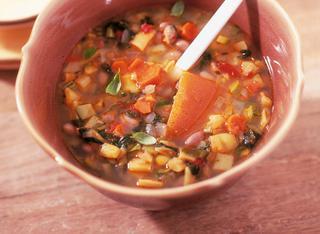 Ricetta Minestrone ricco di verdure e fagioli